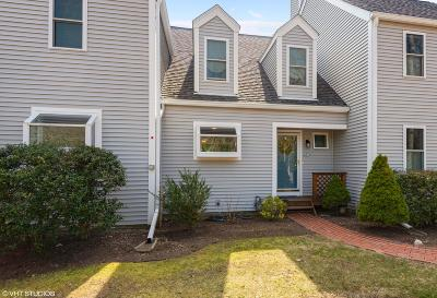 Sandwich Condo/Townhouse Active W/Contingency: 39 Southpoint Drive #39F