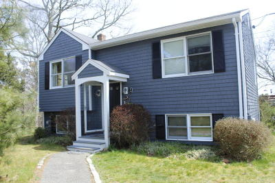 Chatham Single Family Home For Sale: 35 Elkanah Street