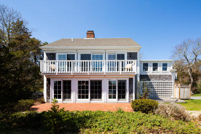 Orleans Single Family Home For Sale: 185 Beach Road