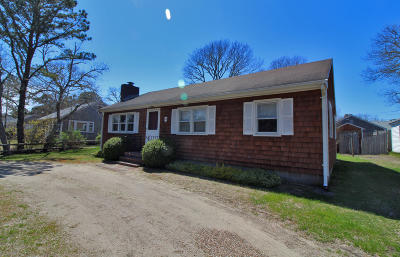 Dennis Single Family Home Active W/Contingency: 25 Uncle Rolf Road