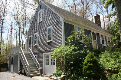 Sandwich Single Family Home Active W/Contingency: 20 Crowell Road