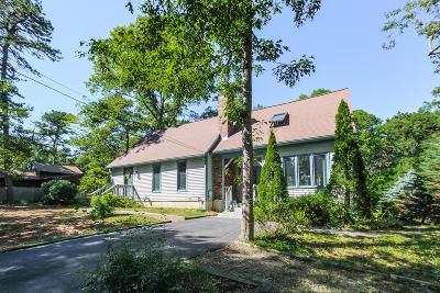 Mashpee Single Family Home For Sale: 49 Ashumet Avenue