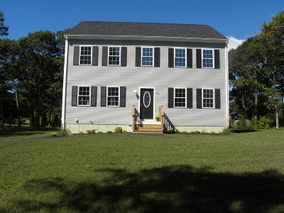 Yarmouth Single Family Home For Sale: 57 Melgo Lane