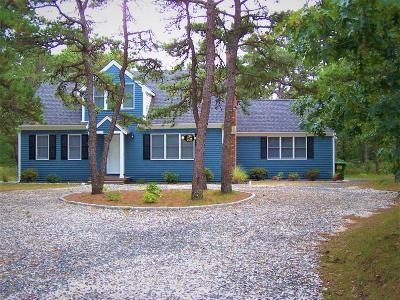 Wellfleet Single Family Home For Sale: 195 Pinewood Circle