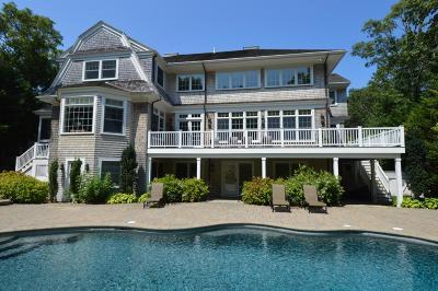 Mashpee Single Family Home For Sale: 196 Glenneagle Drive