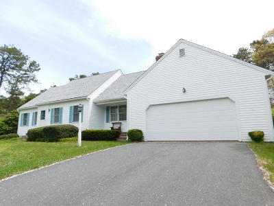 Dennis Single Family Home For Sale: 50 Greenland Circle
