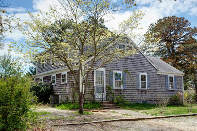 Dennis Single Family Home For Sale: 14 Vinland Drive
