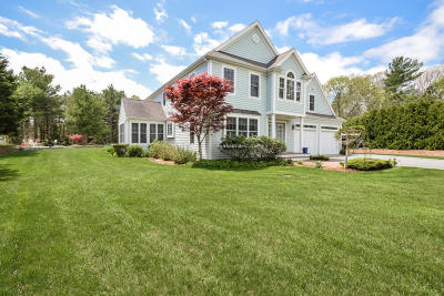 Falmouth Single Family Home For Sale: 5 Cashs Trail