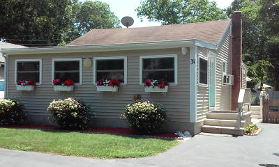 Falmouth Single Family Home For Sale: 31 Avalon Drive