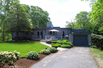 Barnstable Single Family Home For Sale: 43 Hi-Ona Hill Road