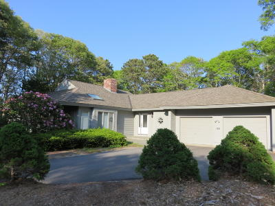 Mashpee Single Family Home For Sale: 188 Walton Heath Way