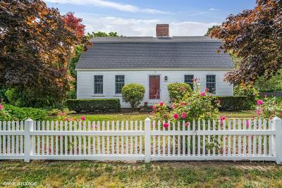 Chatham Single Family Home Active W/Contingency: 12 Wells Hollow Road