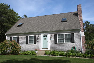 Yarmouth Single Family Home For Sale: 14 Barnboard Lane
