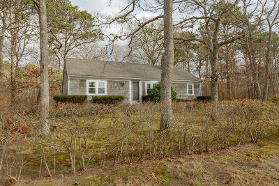 Single Family Home For Sale: 28 Newfield Lane