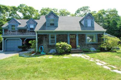 Barnstable Single Family Home For Sale: 42 Pitchers Way