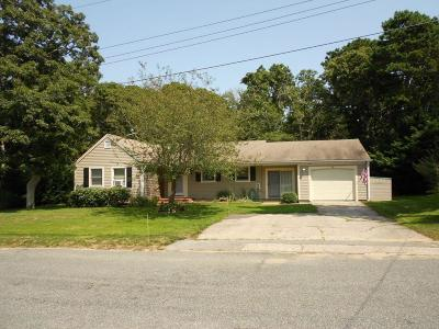 Harwich Single Family Home For Sale: 10 Lakewood Drive