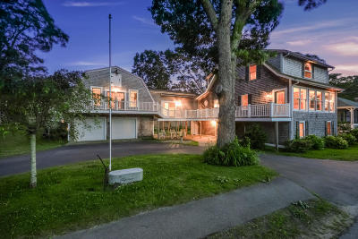 Single Family Home For Sale: 90 Silver Beach Avenue
