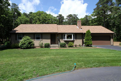Harwich Single Family Home For Sale: 32 Deacons Folly Road