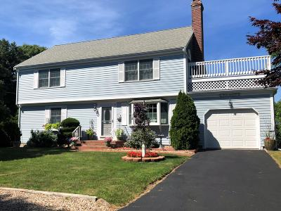 Yarmouth Single Family Home For Sale: 8 Pennstar Lane