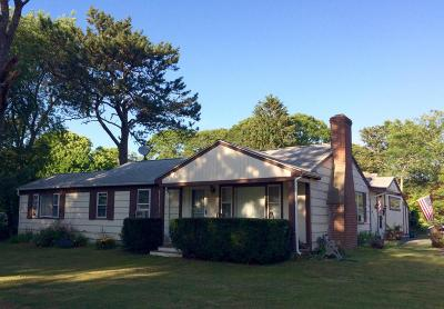Barnstable Single Family Home For Sale: 36 Piney Point Drive