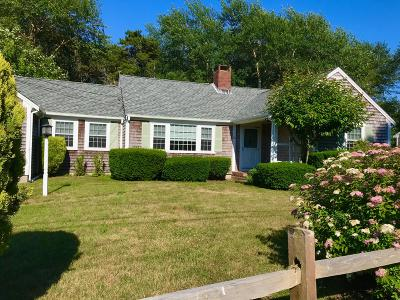 Chatham MA Single Family Home For Sale: $825,000