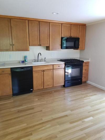 Mashpee Condo/Townhouse Active W/Contingency: 300 Falmouth Road #18f