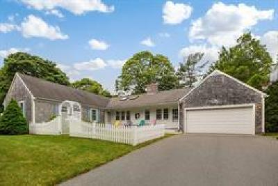 Barnstable Single Family Home For Sale: 160 Pond View Drive