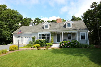 Harwich Single Family Home For Sale: 15 Morgan Circle
