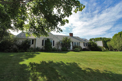 Barnstable Single Family Home For Sale: 116 Tower Hill Road