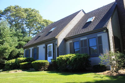 Sandwich Single Family Home For Sale: 32 Christopher Hollow Road