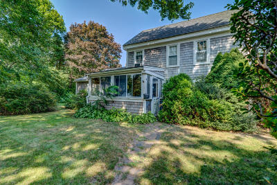 Yarmouth Single Family Home For Sale: 61 Winter Street