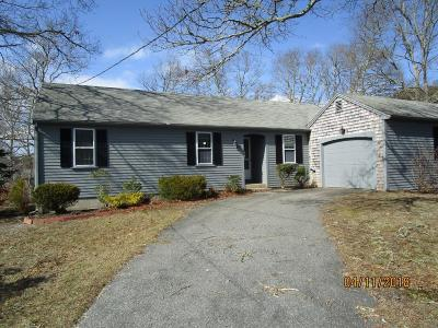 Yarmouth Single Family Home For Sale: 22 Capt Bearse Road