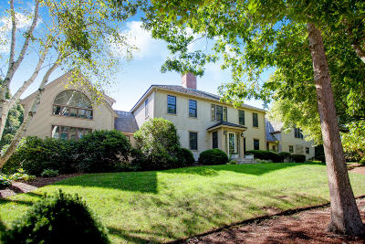 Barnstable Single Family Home For Sale: 71 Angela Way