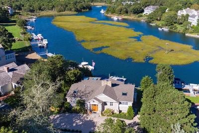 Mashpee Single Family Home For Sale: 74 Waterway