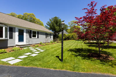 Barnstable Single Family Home For Sale: 151 Sturbridge Drive