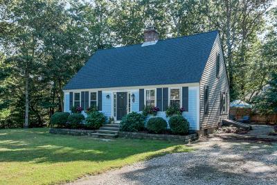 Barnstable Single Family Home For Sale: 66 Captain Aldens Lane