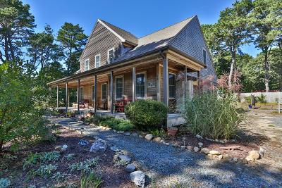 Wellfleet MA Single Family Home For Sale: $600,000