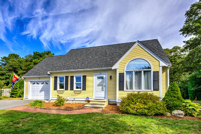 Mashpee Single Family Home Active W/Contingency: 29 Sheffield Place