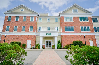 Barnstable Condo/Townhouse For Sale: 68 Center Street #Unit 7