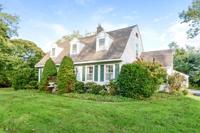 Barnstable Single Family Home For Sale: 24 Maple Avenue