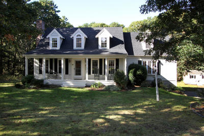 Harwich Single Family Home For Sale: 82 Courtney Road