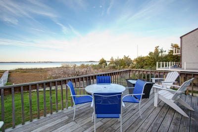 Bourne Single Family Home For Sale: 132 Wings Neck Road