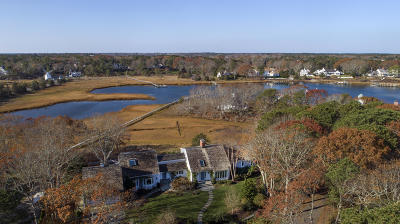 Barnstable Single Family Home For Sale: 142 Great Bay Road