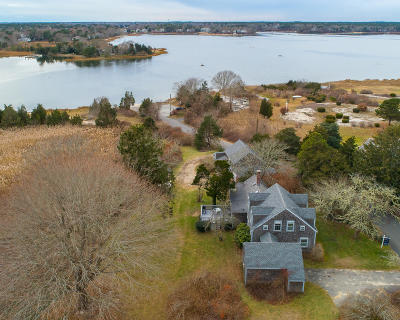 Barnstable Single Family Home For Sale: 209 Bay Street