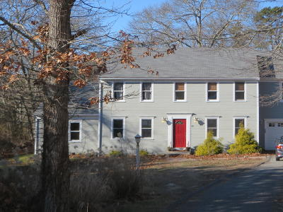 Barnstable Single Family Home For Sale: 35 Ironside Drive