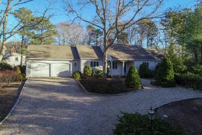 Mashpee Single Family Home For Sale: 144 Glenneagle Drive