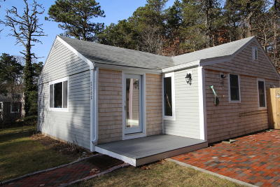 Wellfleet MA Single Family Home For Sale: $449,500