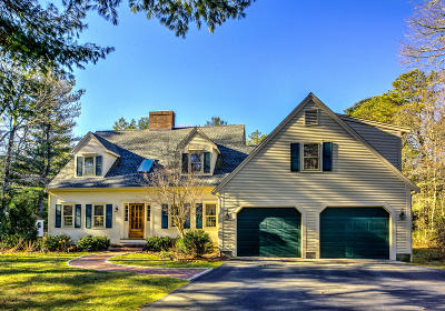 Barnstable Single Family Home For Sale: 274 Regency Drive