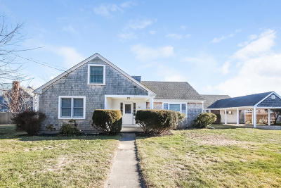Barnstable Single Family Home For Sale: 14 Harbor Road