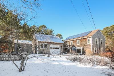 Wellfleet MA Single Family Home For Sale: $789,000